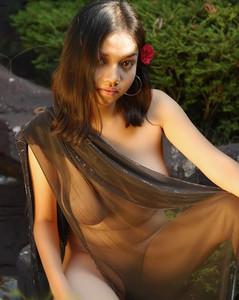 Elfa - Foto Bugil Model Indonesia