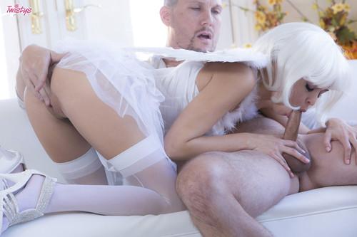 уже секс с самым классным ангелочком после