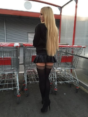 Lucy Cat – Pickup Hot Girl With Short Skirt