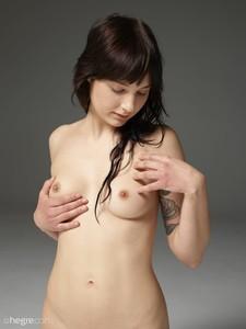 Ophelia-Nudes--l6so3q81ia.jpg