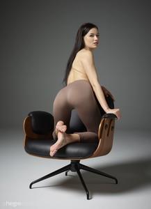 Grace-Sitting--c6sx77gxxk.jpg